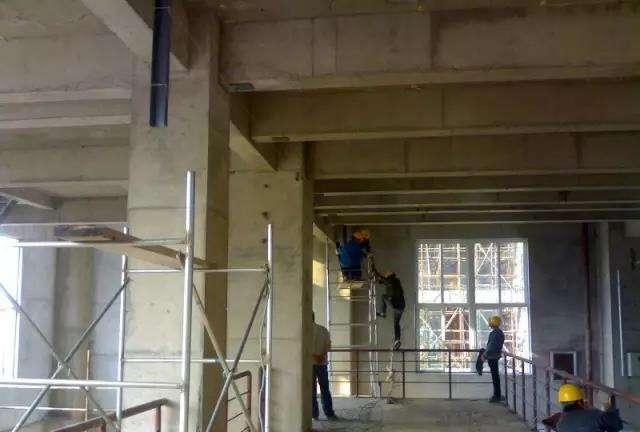 电缆桥架立柱安装
