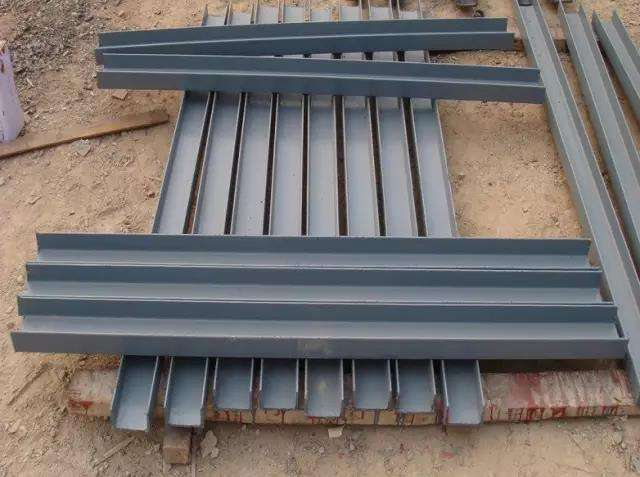 电缆桥架灰色漆面